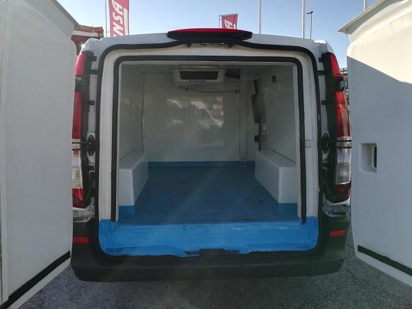 Mercedes Vito 111cdi larga frigo mantenimiento
