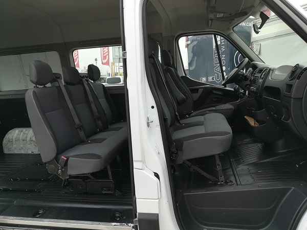Renault Master L2H2 6 plazas
