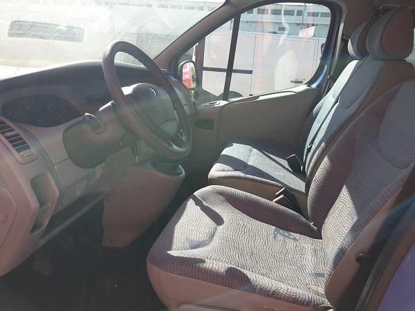 Renault Trafic combi 6