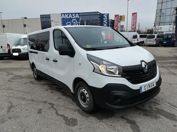Renault Trafic Larga 9 plazas